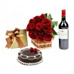 A Touch of Class wine & flower hamper